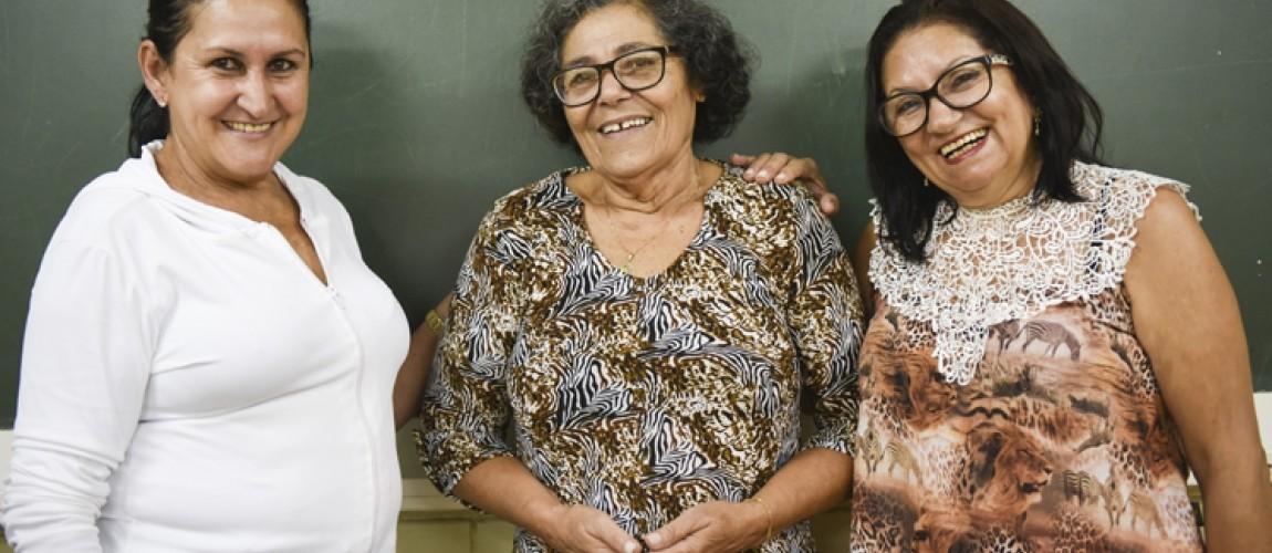 Mulheres a partir dos 60 anos recomeçam suas vidas redescobrindo a importância de aprender