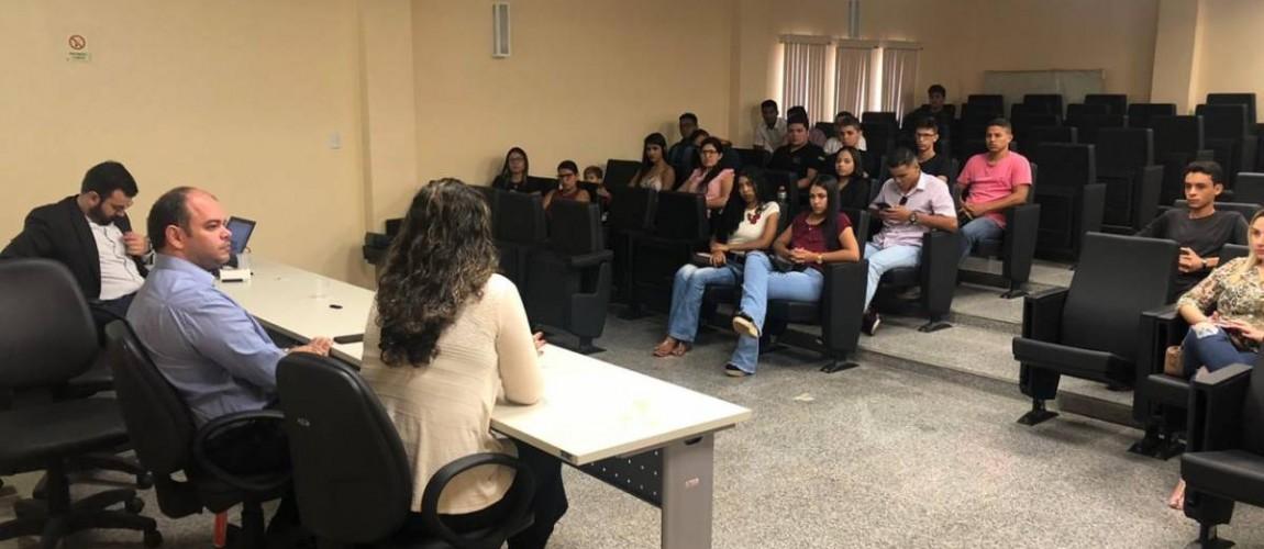 Alunos do curso de Direito da FIC participam de Ciclo de Palestras no Ministério Público de Redenção