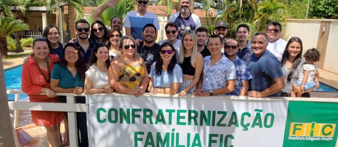 Professores da FIC participam de confraternização de encerramento do ano
